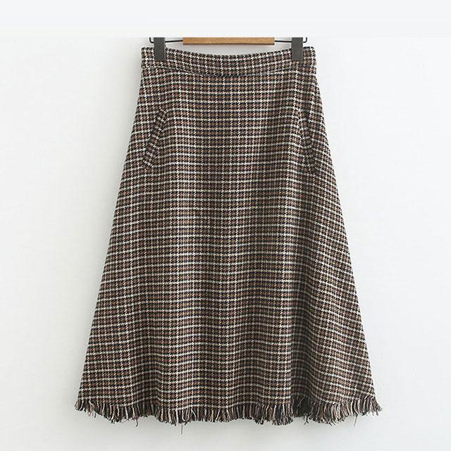 クラシカルなアクセント♪チェック柄の裾フリンジスカート★