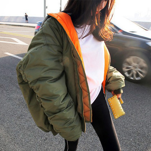 選べる4カラー♪ふっくら感が可愛い、フード付のMA-1ジャケット★