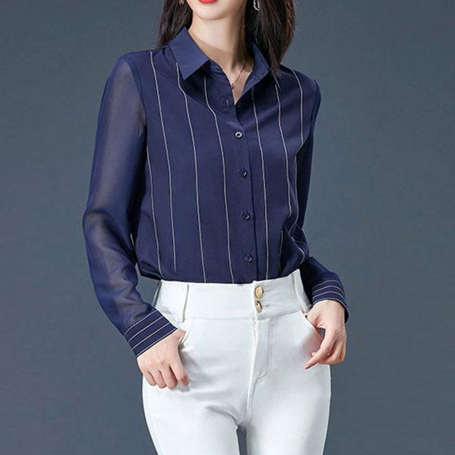 オトナっぽい透け感袖のストライプシャツ★
