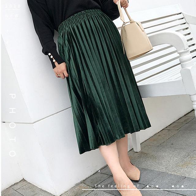 華やかで上品な光沢感♪ウエストゴムのプリーツスカート★