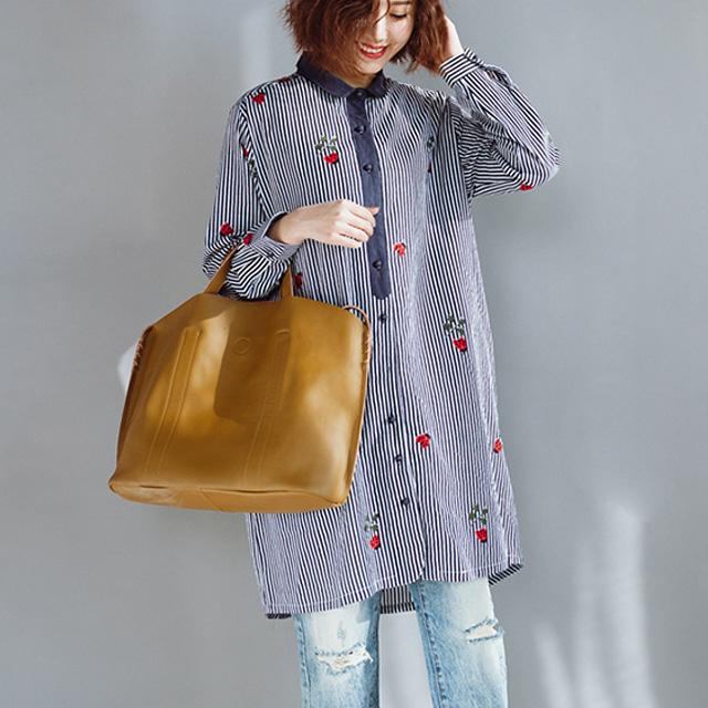 テントウムシ柄のストライプブラウス☆ゆったり着られる《ミニョンイージーライフ》★