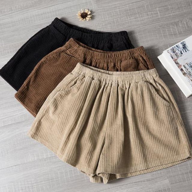コーデュロイのショートパンツ☆ゆったり着られる《ミニョンイージーライフ》★