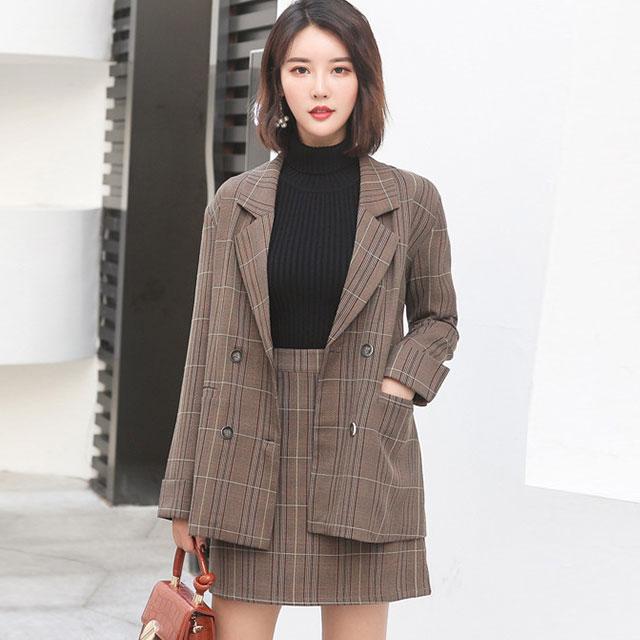 チェック柄のジャケット×スカートセットアップ★